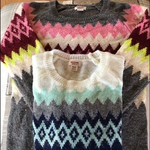 Sweaters - Set of 2 sweaters XS extra small junior XLG girls
